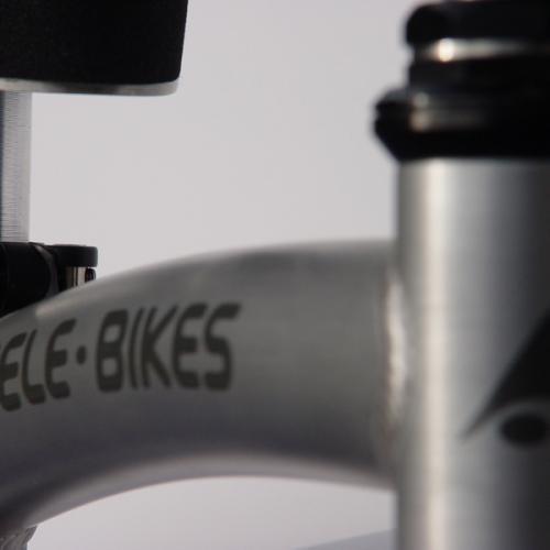 0570 pele-bikes